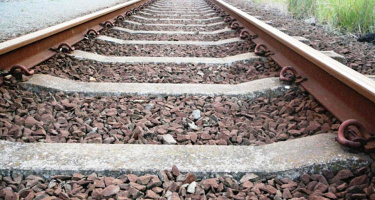 Train tracks_1468879924895_7442707_ver1.0_1280_720